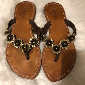 Mistique sandals size 8